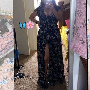 Beautiful maxi dress/shorts inside